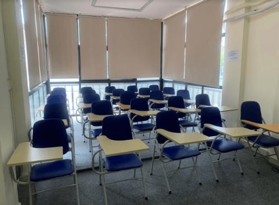 Phòng học thoáng mát, tiện nghi, rộng rãi