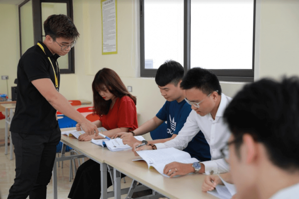 Đội ngũ giảng viên có chuyên môn cao và luôn tận tâm với học viên